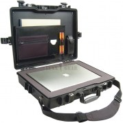 pelican-secure-laptop-travel-macbook-case_lynxgear.lv