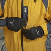 zoom_Waterproof_Power_Liner_Glove_1_lynxgear.lv